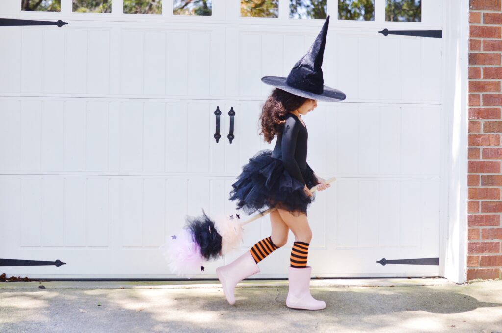 DIY Whimsical Witch Broomstick Finished