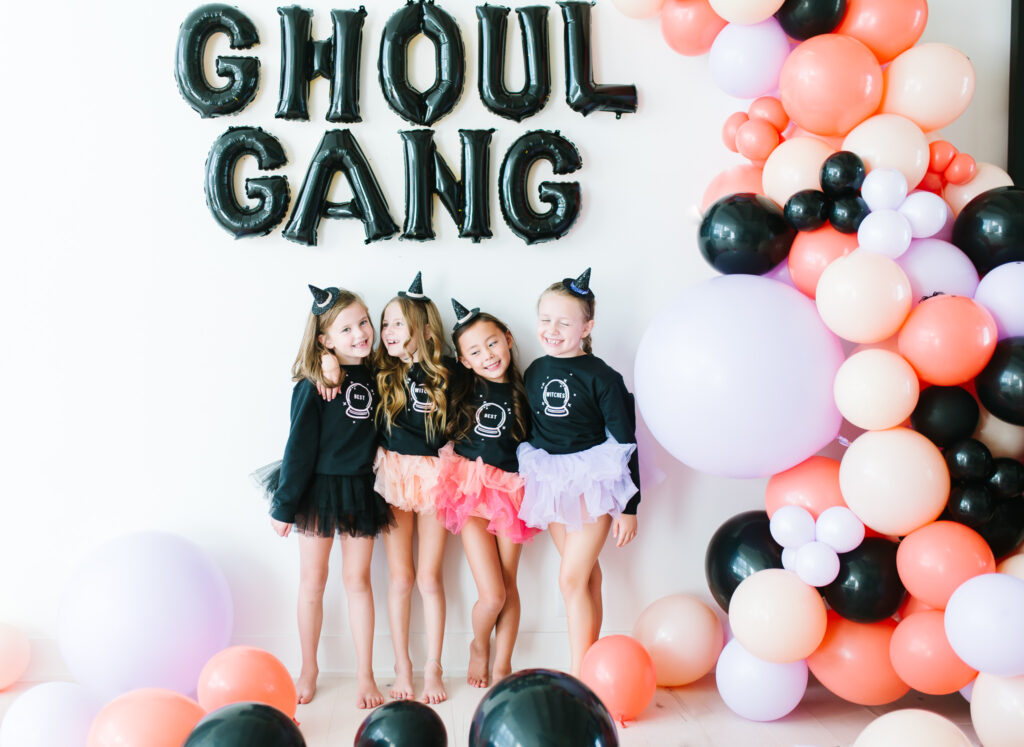 Epic Ghoul Gang Halloween Party Balloon Garland