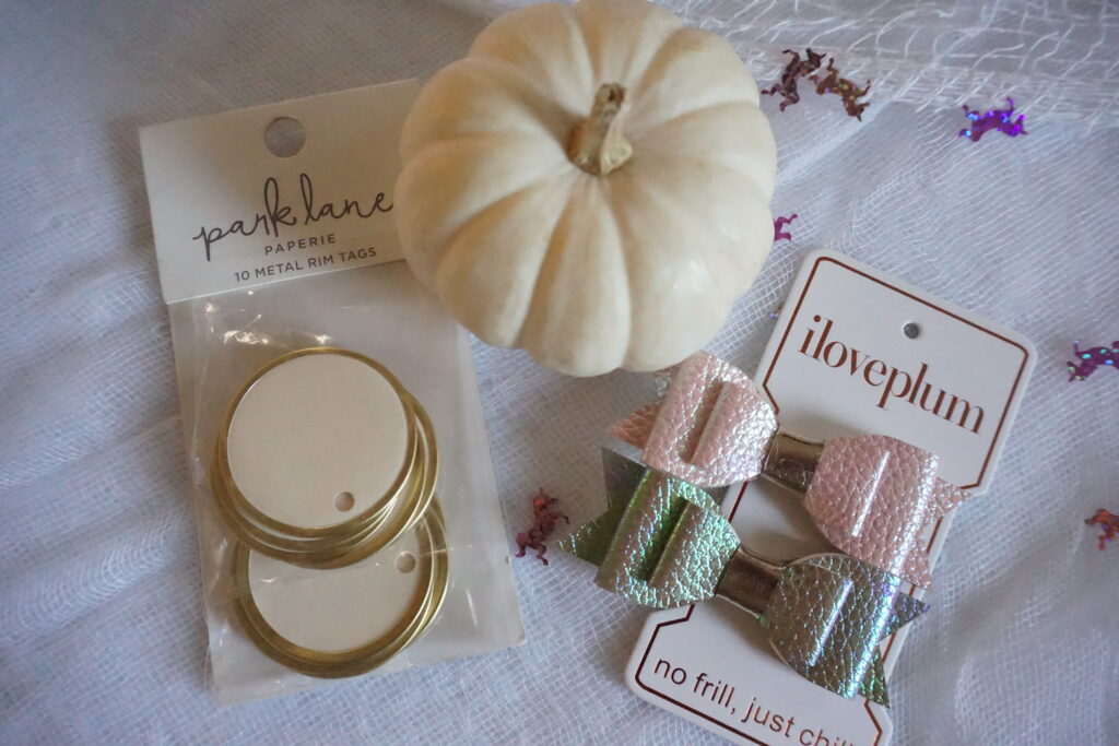 Prancing Pumpkins Tablescape Tutorial Table setting