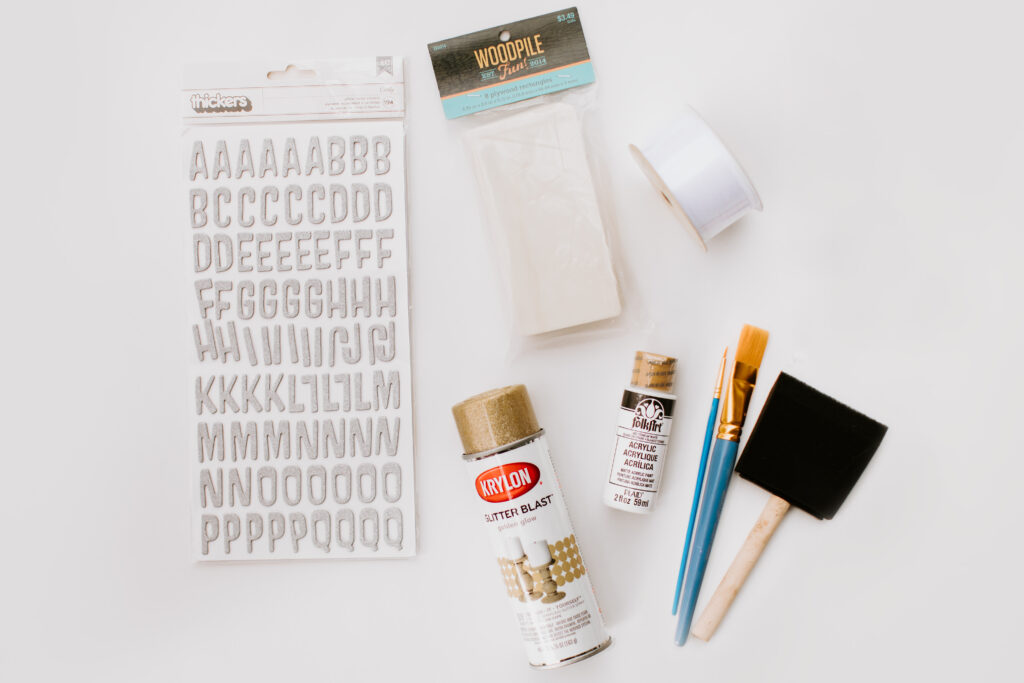 Easy 4 Step DIY Stocking Tags Materials