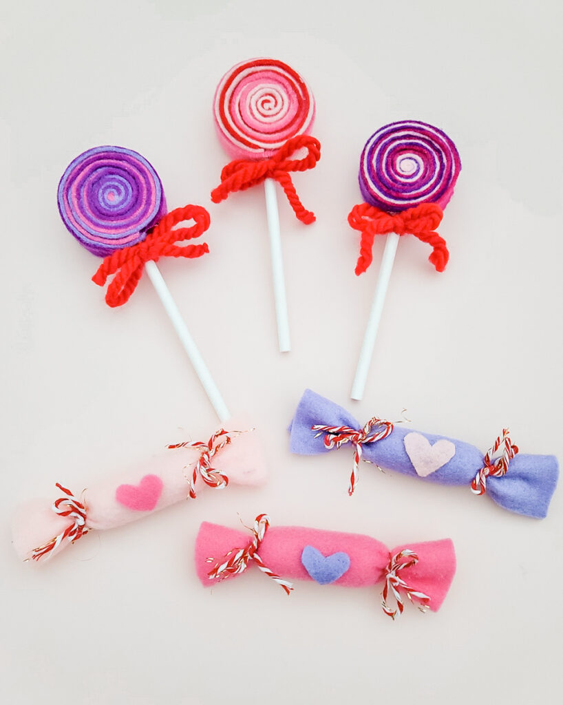DIY Felt Valentine's Day Play Candy Lollipops Step Finished